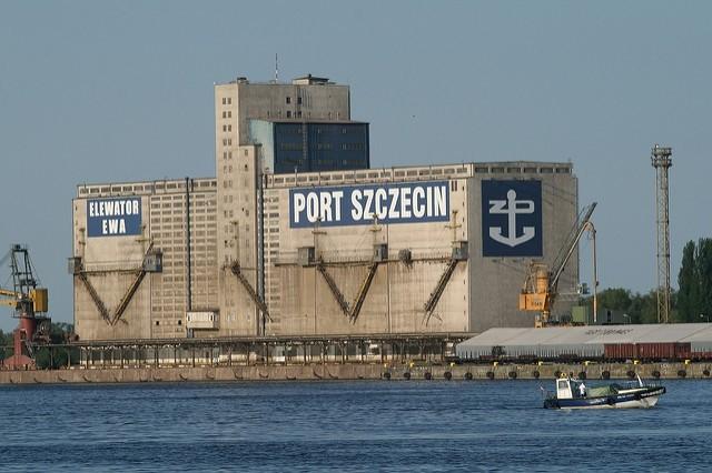 Σε τροχιά ανάπτυξης οι πολωνικοί λιμένες του Szczecin & Świnoujście