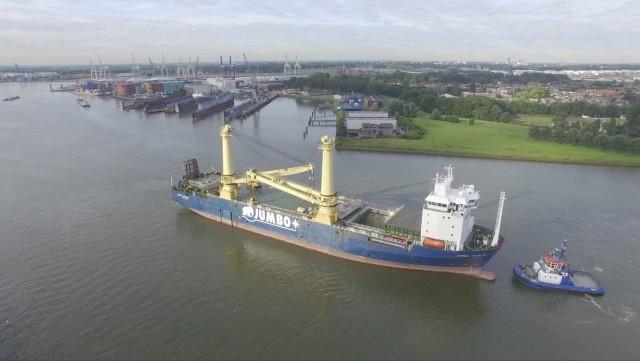 """Το ναυπηγείο της Damen, λόγω θέσης και προσφερόμενης τιμής, επισκεύασε το """"Jumbo Javelin"""""""