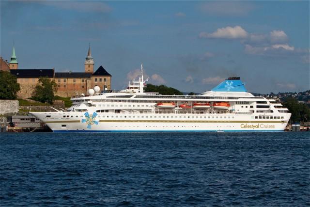 Το κρουαζιερόπλοιο Celestyal Nefeli θα πάρει τη σκυτάλη από το Celestyal Olympia έως και την Παρασκευή 28 Οκτωβρίου.