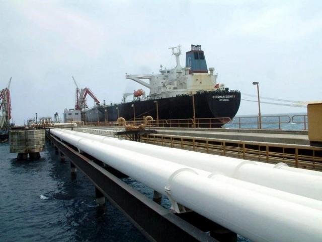 Η Ρωσία κατηγορεί τη Λευκορωσία για αθέμιτη αύξηση των τιμών διέλευσης του ρωσικού πετρελαίου