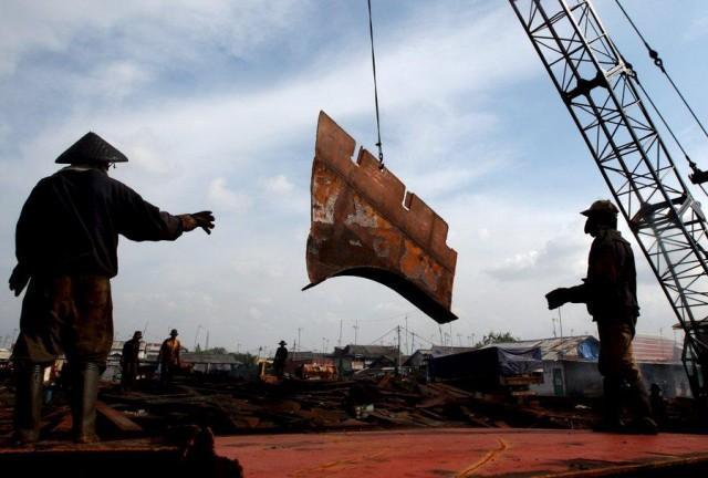 Διαλύσεις πλοίων: παρά την προσφορά πλοίων μειωμένος είναι ο αριθμός κλεισιμάτων