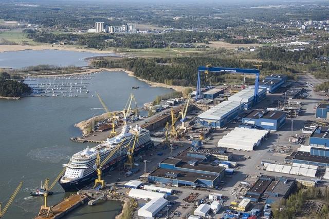 H Royal Caribbean παραγγέλνει δύο νέα LNG κρουαζιερόπλοια στα ναυπηγεία Meyer Turku