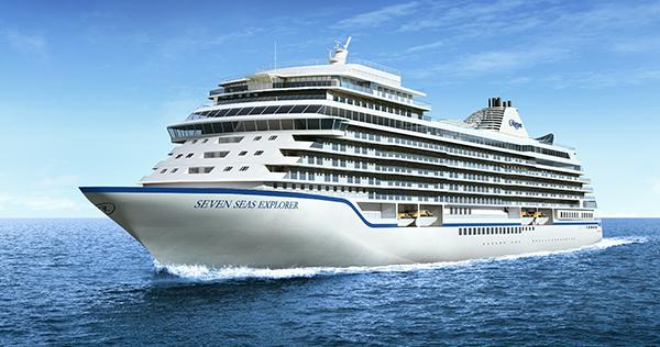 """Το νεότευκτο """"SEVEN SEAS EXPLORER"""" έδεσε στον Πειραιά"""