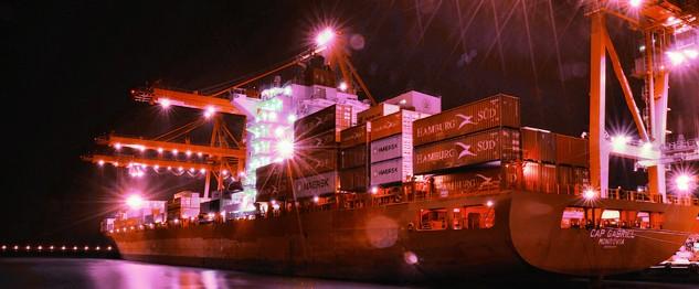 €547 εκατ. «δώρο» σε γερμανική ναυτιλιακή από γερμανική προβληματική τράπεζα