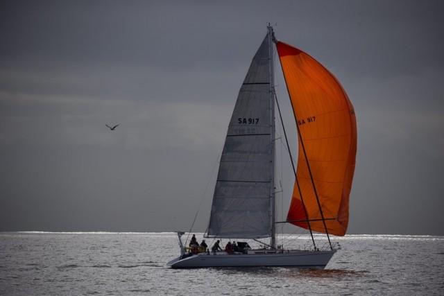 H ομάδα της RINA yachting επεκτείνεται στην Ελλάδα