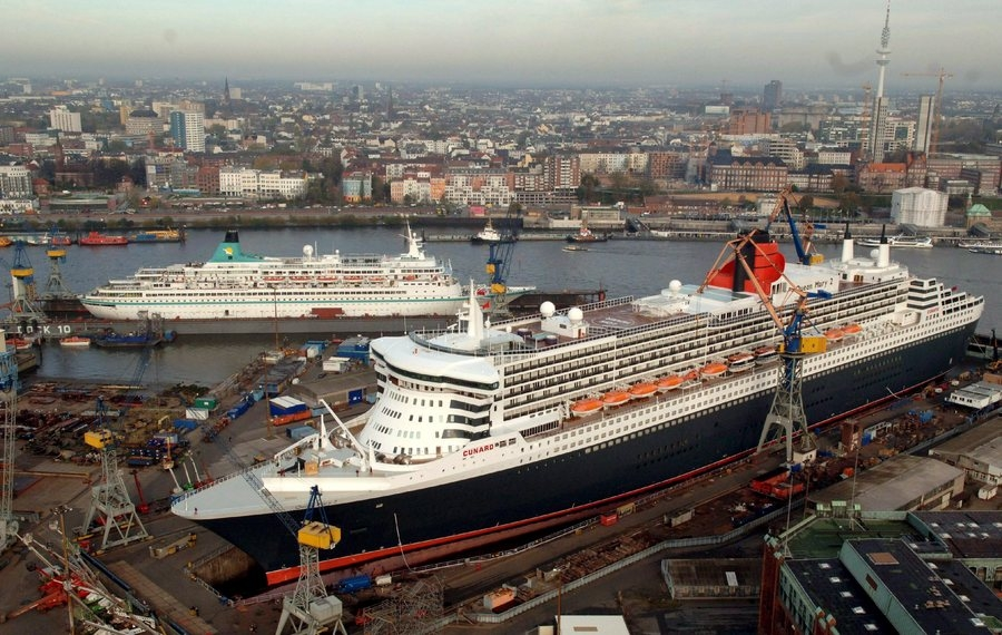 Η διάσωση γερμανικών ναυτιλιακών κοστίζει δισεκατομμύρια ευρώ στους Γερμανούς