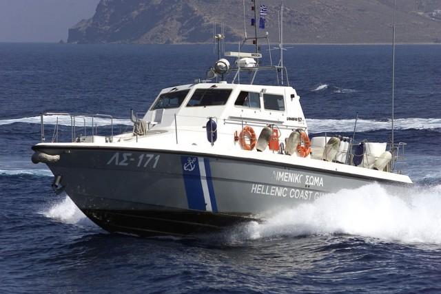"""Το Ίδρυμα """"Μαρία Τσάκος"""" υιοθετεί το περιπολικό ανοικτής θαλάσσης """"060 – Φούρνοι"""""""