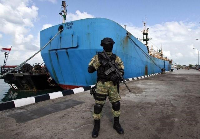 Μειωμένες οι πειρατικές επιθέσεις σε ΝΑ Ασία