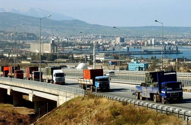 Συνεχίζονται τα έργα υποδομών και η κατασκευή οδικών αρτηριών ανεκτίμητης αξίας από την κυβέρνηση Ερντογάν