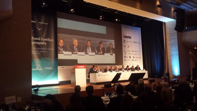 Οι κ. Τάσος Βαμβακίδης (Εμπορικός Διευθυντής, Σ.Ε.Π. ΑΕ), Λεωνίδας Δημητριάδης-Ευγενίδης (Πρόεδρος, Ίδρυμα Ευγενίδου, Πρόεδρος & Διευθύνων Σύμβουλος, Όμιλος Ευγενίδη), Ιωάννης Θεοτοκάς (Γενικός Γραμματέας, Υπουργείο Ναυτιλίας & Νησιωτικής Πολιτικής), Θεόδωρος Κόντες (Διευθυντής, Majestic International Cruises, Πρόεδρος, Ένωση Εφοπλιστών Κρουαζιεροπλοίων & Φορέων Ναυτιλίας), Βασίλης Κορκίδης (Πρόεδρος, Ελληνική Συνομοσπονδία Εμπορίου & Επιχειρηματικότητας (ΕΣΕΕ), Πρόεδρος, Εμπορικό και Βιομηχανικό Επιμελητήριο Πειραιώς (ΕΒΕΠ), Γιάννης Κοτζιάς (S&P Director, Intermodal Athens, Πρόεδρος, Σύνδεσμος Μεσιτών Ναυτιλιακών Συμβάσεων), Γιάννης Α. Ξυλάς (Πρόεδρος και Διευθύνων Σύμβουλος, Ariston Navigation Corp.), Μιχάλης Σακέλλης (Αντιπρόεδρος, ATTICA GROUP, Πρόεδρος, Σύνδεσμος Επιχειρήσεων Επιβατηγού Ναυτιλίας (ΣΕΕΝ), τη συζήτηση διευθύνει ο δημοσιογράφος κ. Αντώνης Τσιμπλάκης
