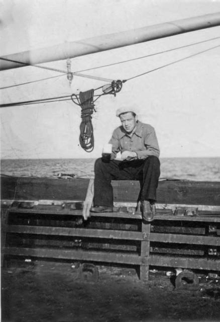 Ο Γεώργιος Σιμάτος στο κουβουσι του Λίμπερτυ Margaret Fuller Γεωργίου Λ. Σιμάτου