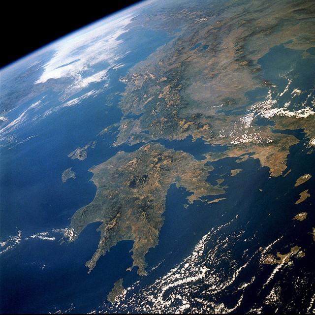 Η Μεσόγειος προσελκύει το 20% των παγκόσμιων θαλάσσιων μεταφορών