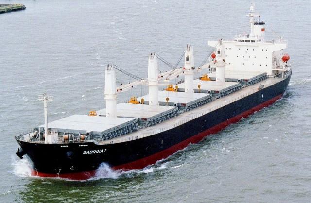 Συνεχίζεται η υπερπροσφορά σε bulk carriers