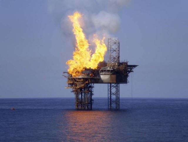 Σε χαμηλά τεσσάρων μηνών οι τιμές του πετρελαίου