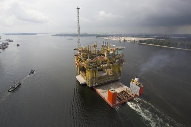 Υψηλά κέρδη και νέες συμφωνίες για την Petronas