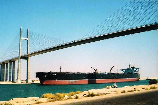 Η Διώρυγα του Σουέζ δίνει κίνητρα και στην προσέλκυση των dry bulk carriers