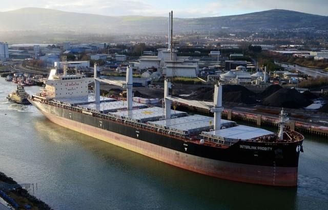 Δυσκολίες για τα Capes, σταθερά κινείται η ναυλαγορά των wet