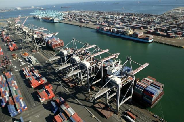 Μειωμένες οι κρατήσεις πλοίων στους λιμένες των HΠΑ το 2016