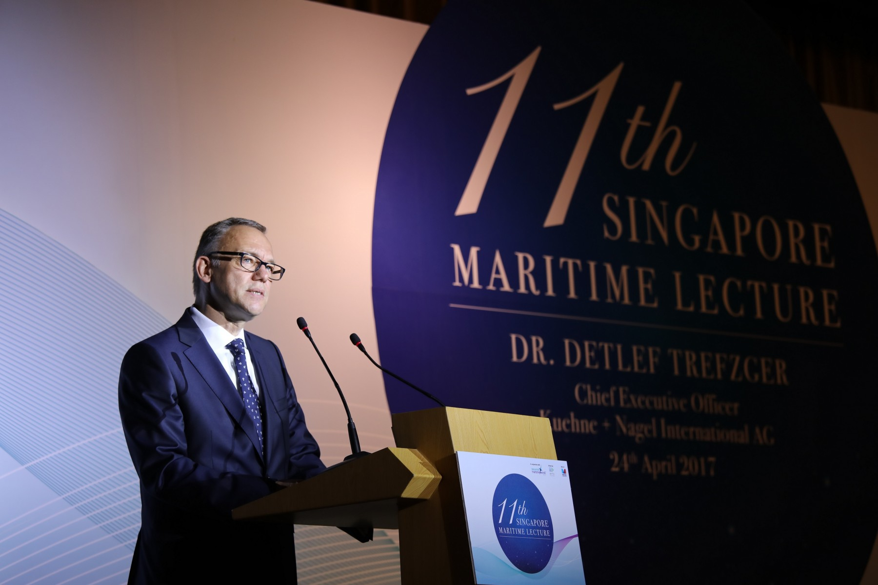 O Dr. Detleft Trefzger, CEO  της Kuehne + Nagel International AG και μέλος του nternational Maritime Centre (IMC) 2030 Advisory Committee