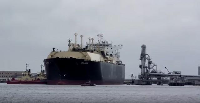 Η Πολωνία ξεκινά εισαγωγές LNG και από τις ΗΠA