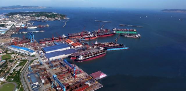 Σε αναδιοργάνωση των δραστηριοτήτων της προχωρά η Cosco Shipping International (Singapore)