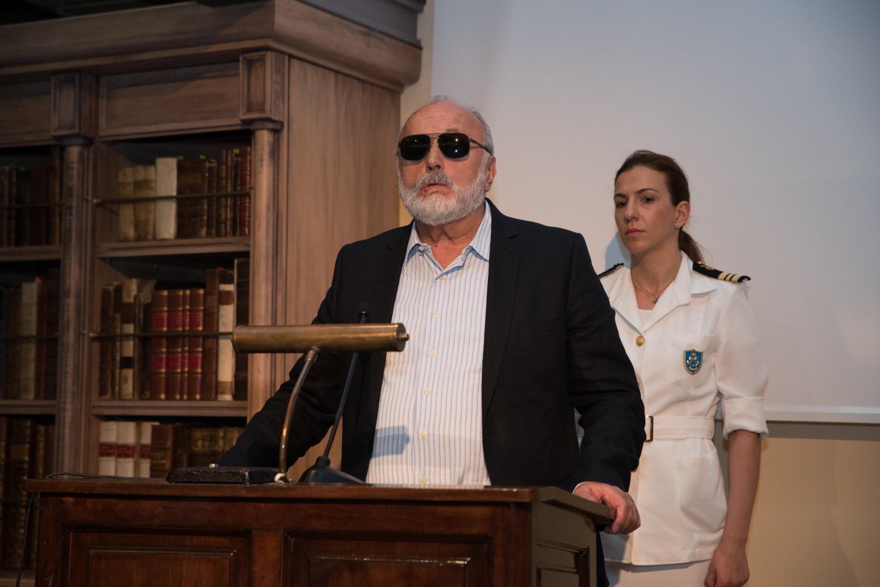 Ο Υπουργός Ναυτιλίας και Νησιωτικής Πολιτικής Παναγιώτης Κουρουμπλής χαιρετίζει την εκδήλωση