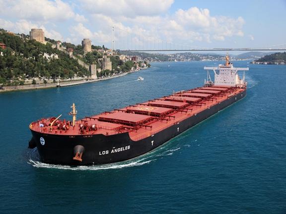 Μικρή αύξηση κύκλου εργασιών και περιορισμός ζημιών για την Diana Shipping