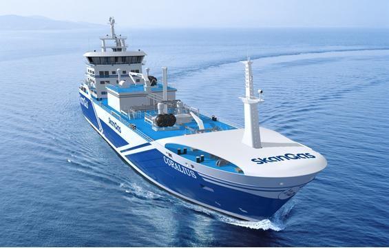 Τελετή ονοματοδοσίας για το πρώτο πλοίο ανεφοδιασμού και διανομής καυσίμου LNG που ναυπηγήθηκε στην Ευρώπη