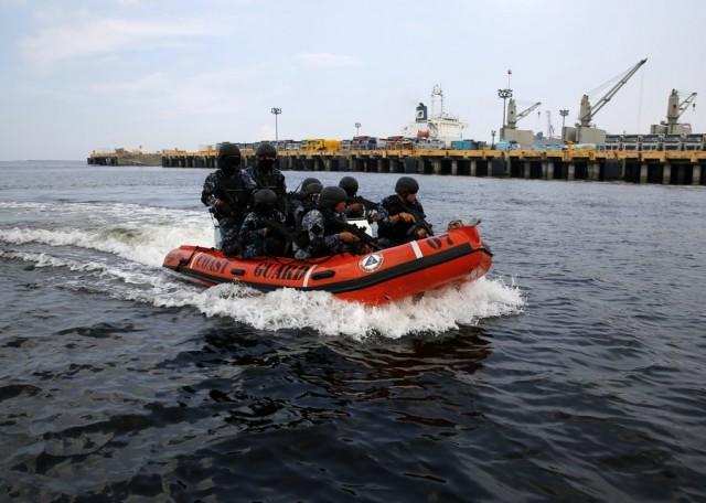 Δρακόντεια μέτρα ασφαλείας στους λιμένες των Φιλιππίνων