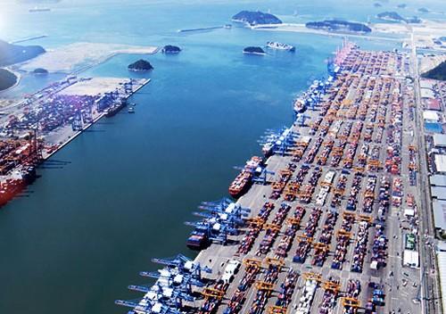 Μεγάλα λιμάνια της Νότιας Κορέας προχωρούν στην κατασκευή εγκαταστάσεων παροχής ηλεκτρικής ενέργειας