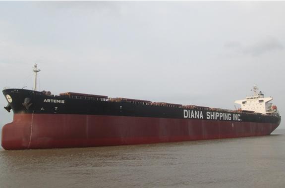 Χρονοναύλωση για τρία πλοία της Diana Shipping