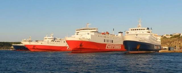 24ωρες απεργιακές κινητοποιήσεις σε πλοία που αναχωρούν από τη Ραφήνα
