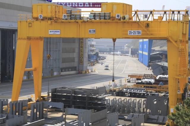 Η Hyundai Heavy Industries κερδίζει συμβόλαιο για οκτώ νέα πλοία