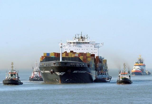 Αυξάνεται ο αριθμός των αδρανών containerships