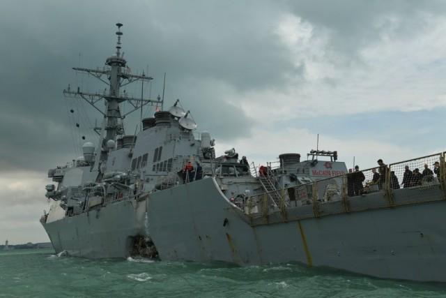 Σύγκρουση αμερικανικού αντιτορπιλικού και ελληνόκτητου δεξαμενόπλοιου LPG