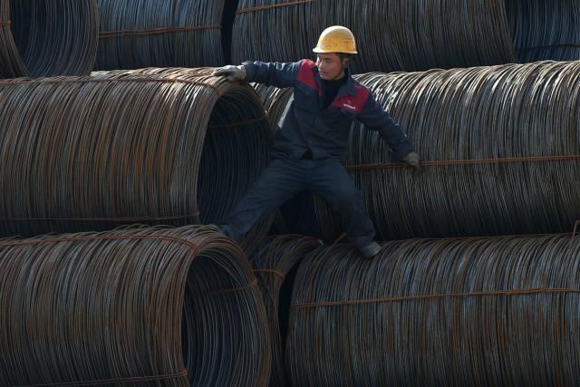Σύγκρουση Κίνας με Αμερική για τη μείωση της υπερπαραγωγής χάλυβα