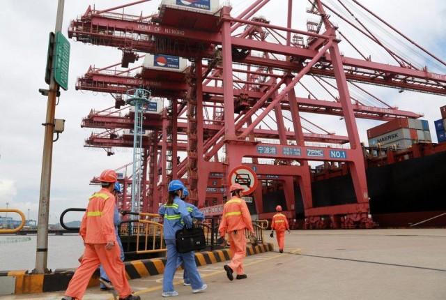 Μείωση στα τέλη των λιμένων της Κίνας