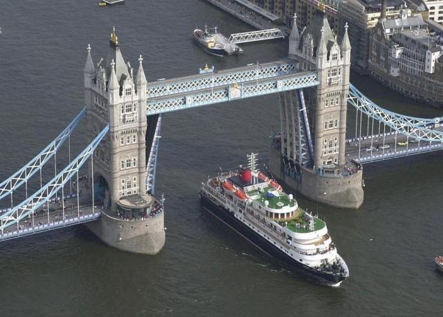Λονδίνο και Χονγκ Κονγκ συνεργάζονται στον τομέα των θαλάσσιων μεταφορών