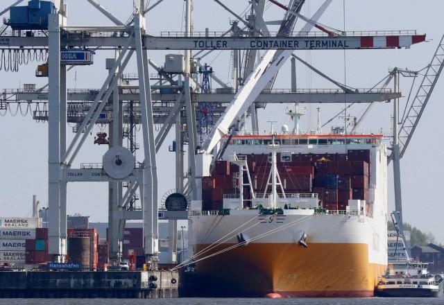 Πως διαμορφώνεται το εμπορικό ισοζύγιο σε Γαλλία και Γερμανία;
