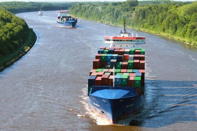 Ολοκληρώθηκε με επιτυχία η πρώτη μετατροπή containership με μηχανή διπλού καυσίμου