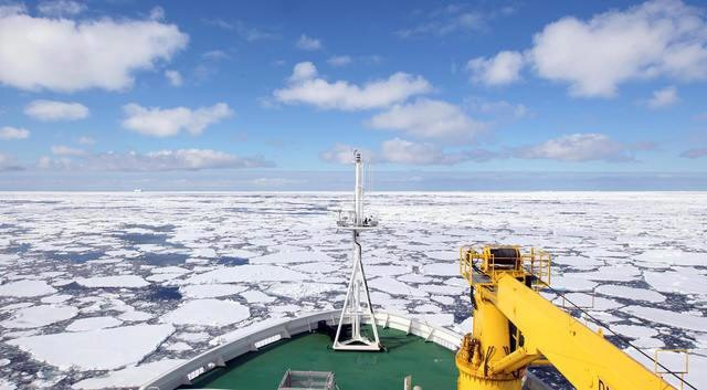 Λιώνουν ανησυχητικά οι πάγοι της Αρκτικής