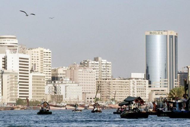 Σε παγκόσμιο ναυτιλιακό κέντρο εξελίσσεται το Ντουμπάι