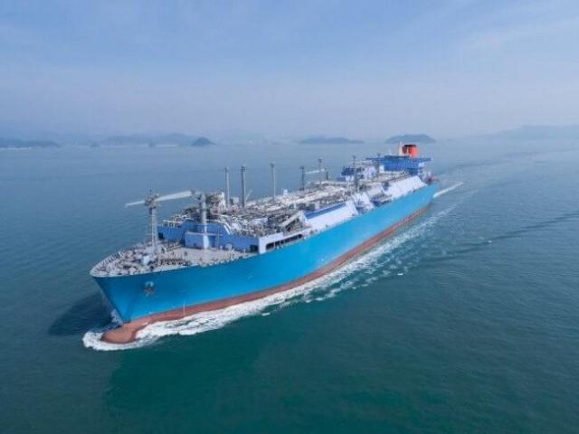 Το FSRU Challenger πλέει προς την Τουρκία