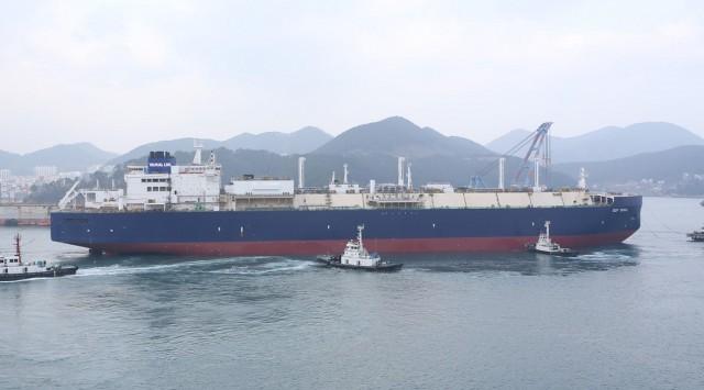 Οι Ρώσοι προχωρούν σε ναυπήγηση 15 νέων LNG carriers