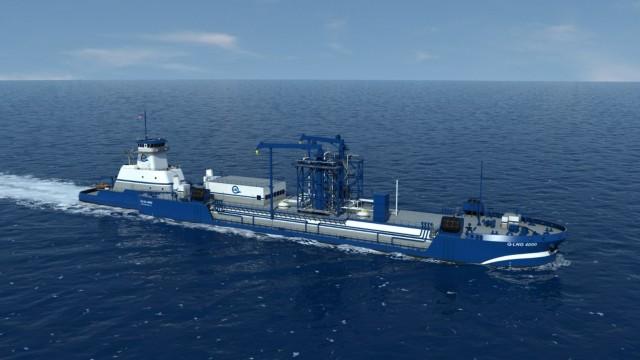 Φορτηγίδα ανεφοδιάζει με LNG πλοία στον Ατλαντικό Ωκεανό