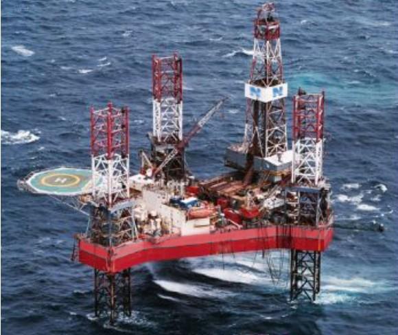 Επενδύσεις σε πλωτές εξέδρες άντλησης πετρελαίου