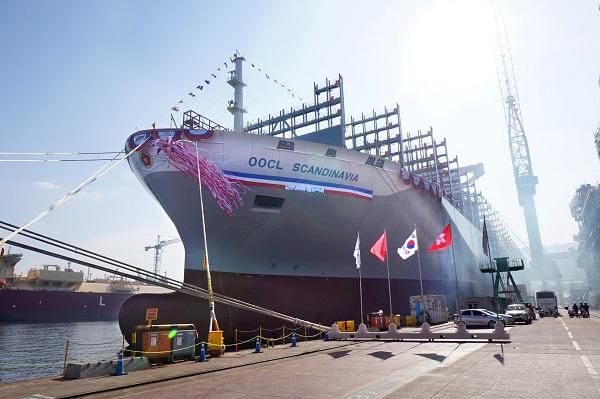 Νέο mega containership παραλαμβάνει η OOCL