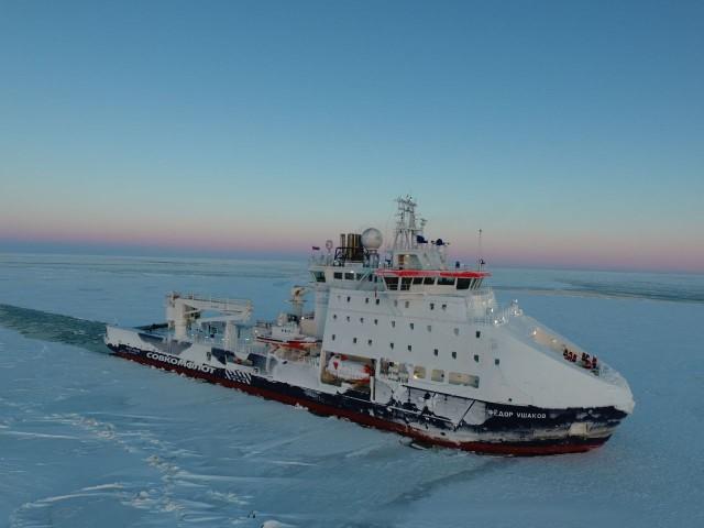 Fedor Ushakov in E Siberian Sea ice