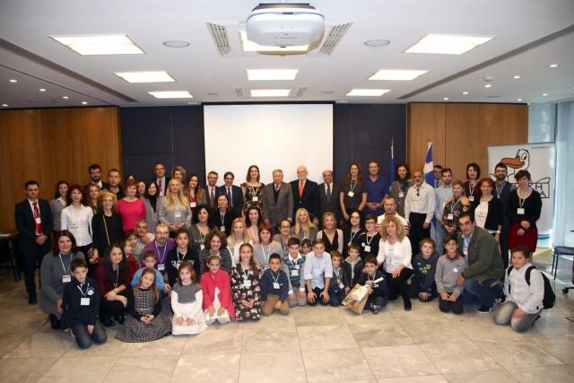"""Μήνυμα Ελπίδας της  """"Παιδικής HELMEPA""""   για την προστασία του περιβάλλοντος"""