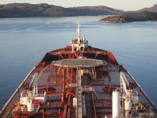 Αμφιθυμία για την πορεία των ναύλων στα δεξαμενόπλοια